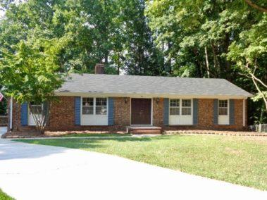 1 Saint Martin Place, Greensboro, NC 27455