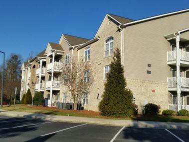 7108-105 W. Friendly Ave., Greensboro, NC 27410