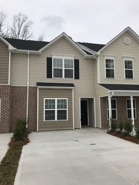 6516 Ashebrook Drive, High Point, NC 27265